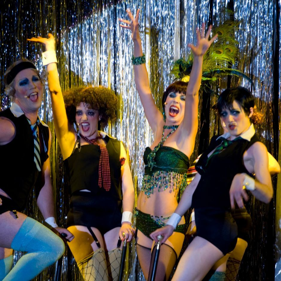 Sally Bowles singt Life is a cabaret in dem Berlin Musical überhaupt